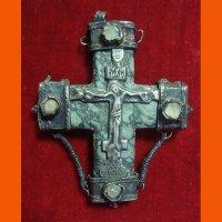 Крест наперсный XVI в.