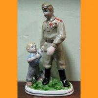 Солдат и мальчик ЗХК Полонное