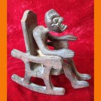 Статуэтка из дерева . Мадагаскар.